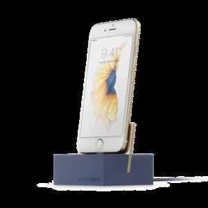 Native Union iPhone Dock+ i marineblå og gull