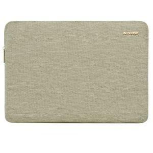 Incase MacBook Pro Retina 15-tommer slim etui i Ecoya-materiale - khaki